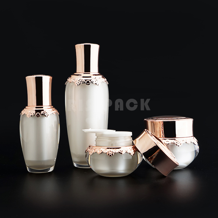 Luxury Acrylic Plastic Lotion Bottle Set